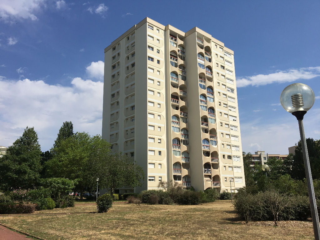 appartement-angers-1-piece-s-35-m2