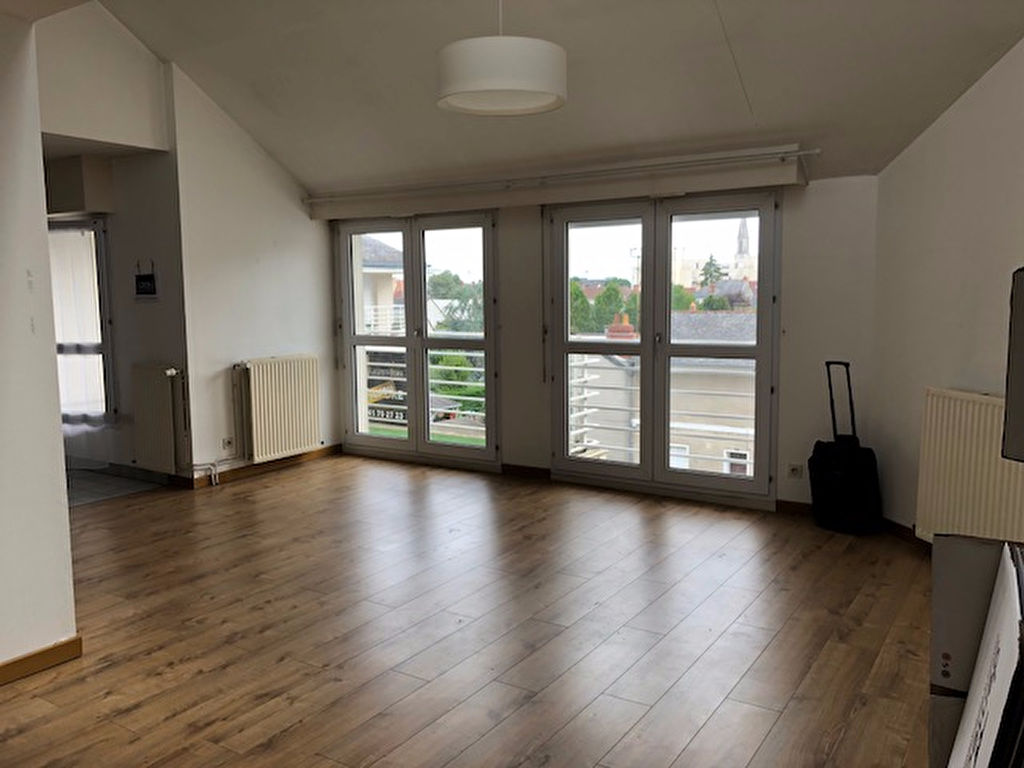 appartement-angers-5-piece-s-97-79m2