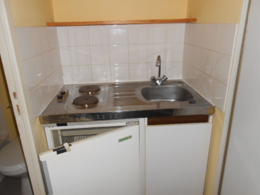 appartement-angers-1-piece-s-14-30-m2