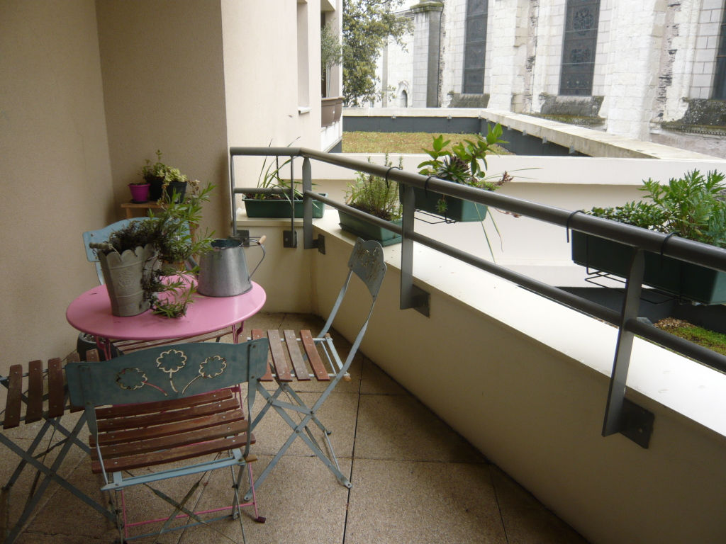 appartement-angers-1-piece-s-33-m2